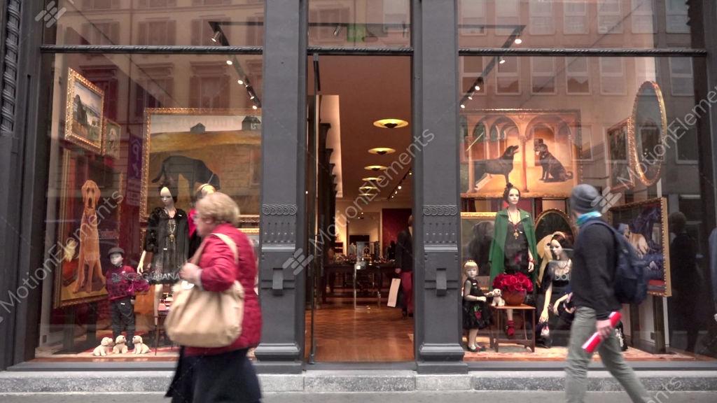 f149a8cb43 Dolce Gabbana Shop Store Fashion Shopping Milan Milano Italy Italia GIF |  10091340